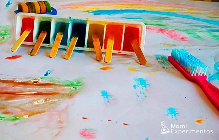 PIntar con hielos de colores