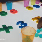 jugar con las matemáticas en mesa de luz