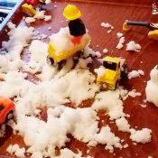Actividad sensorial jugar con nieve casera