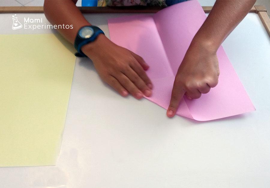 Aerodinámica creando aviones de papel