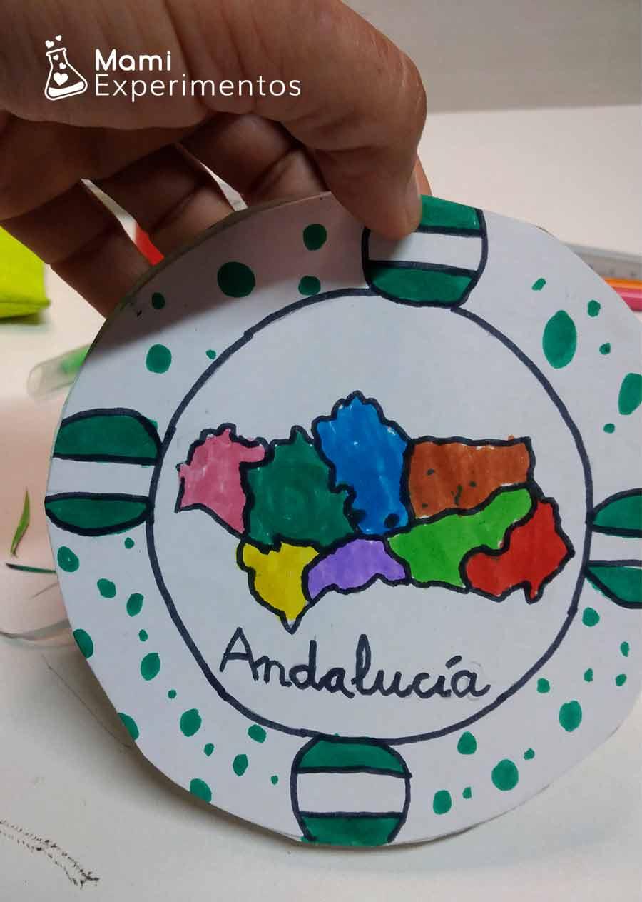 Andalucía y sus provincias en spiner de cartón