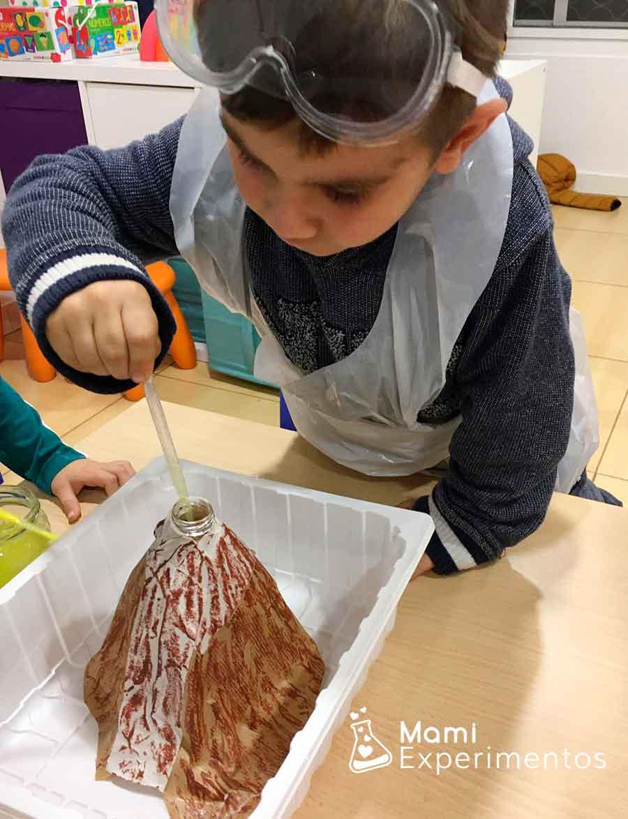 Aprendiendo ciencias en taller de experimentos