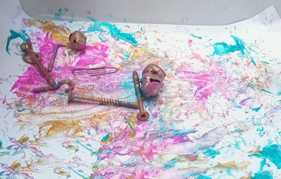 Arte en proceso con imanes