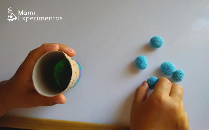 Cargando pompones lanzador casero