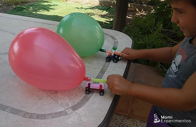 coches propulsados por globos