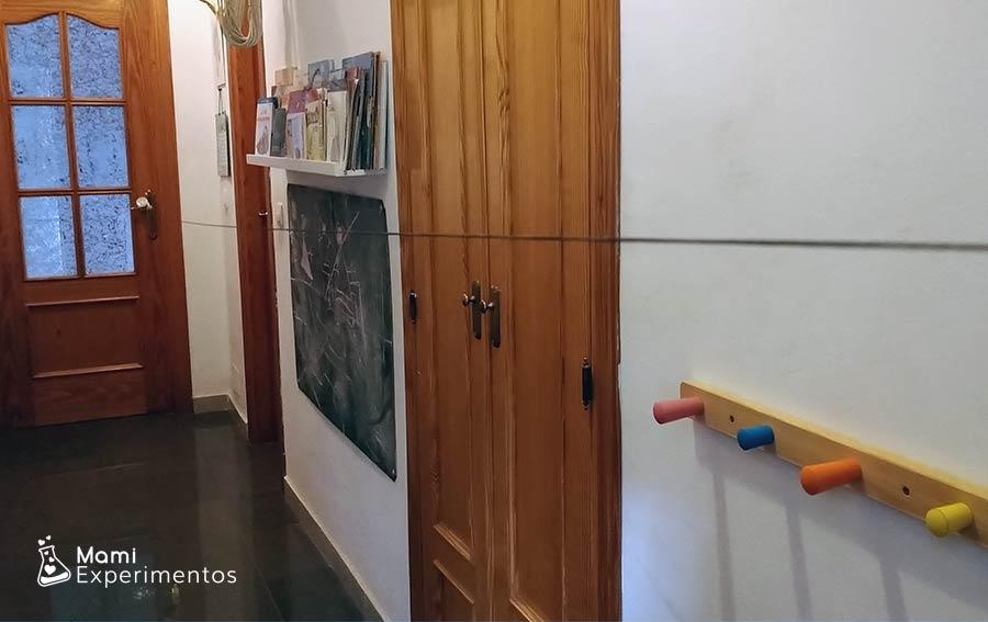 Cuerda colocada de extremo a extremo experimento globo cupido volador