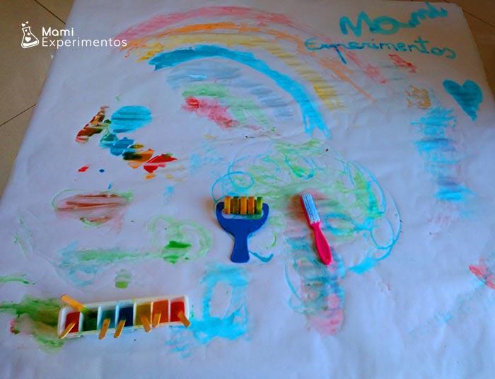 Diversión y arte con pinturas de hielos de colores