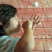 Experimento científico de la pelota voladora