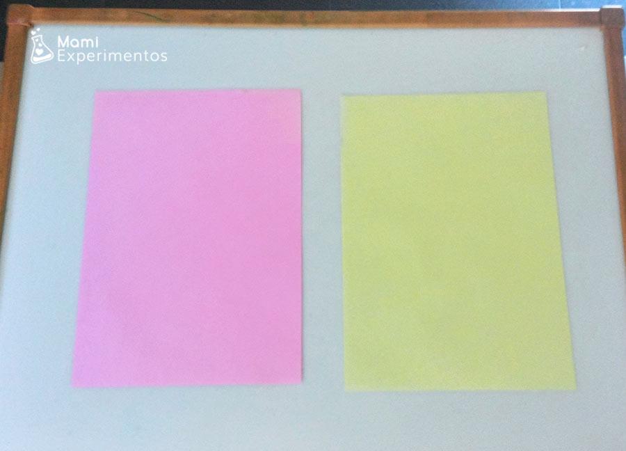 folios de colores para hacer aviones de papel