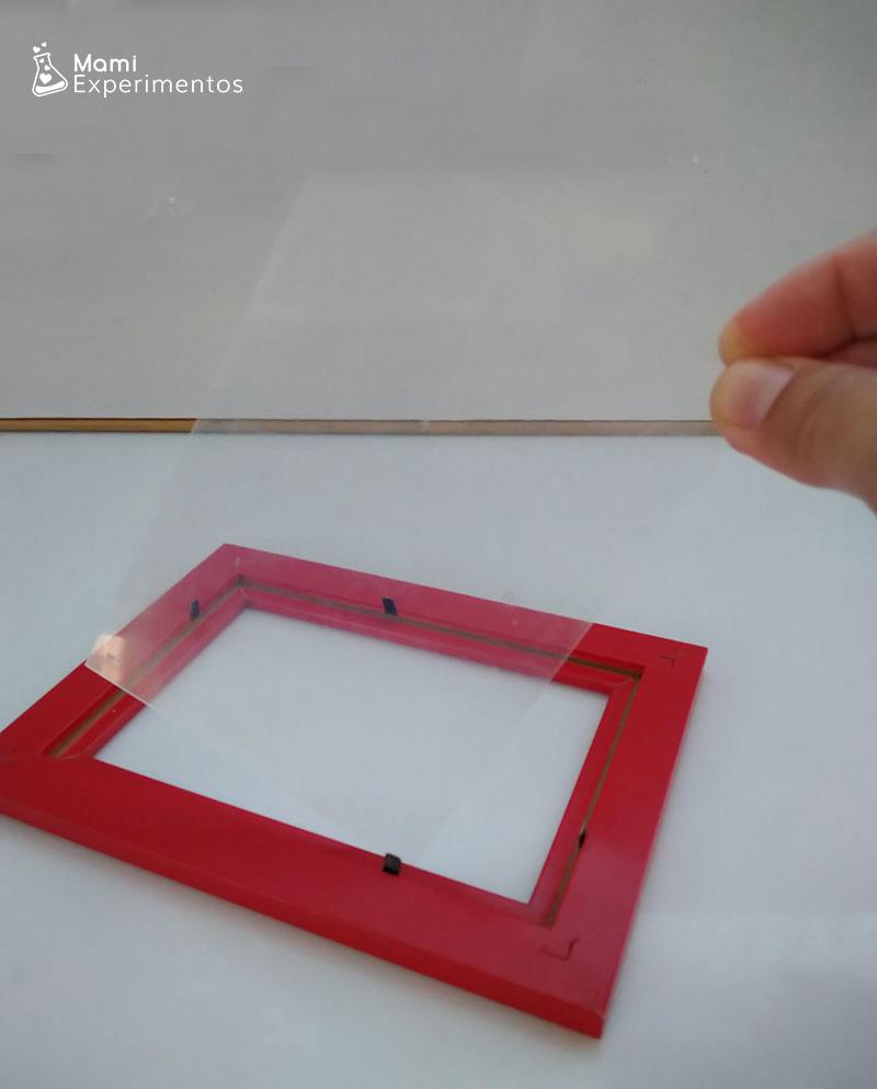 Lámina plástico marco fotos para holograma casero