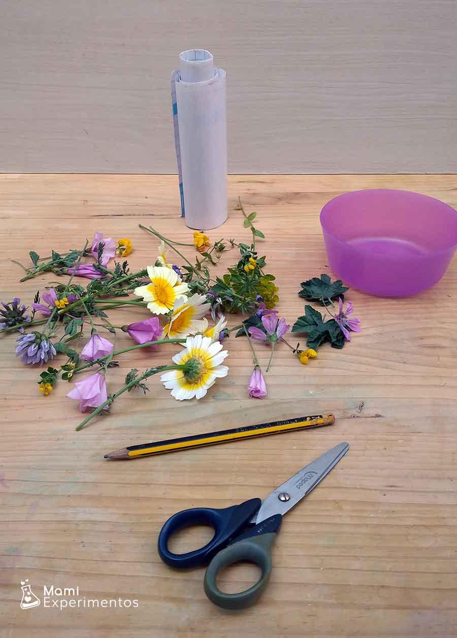 Materiales necesarios para crear atrapasol con flores
