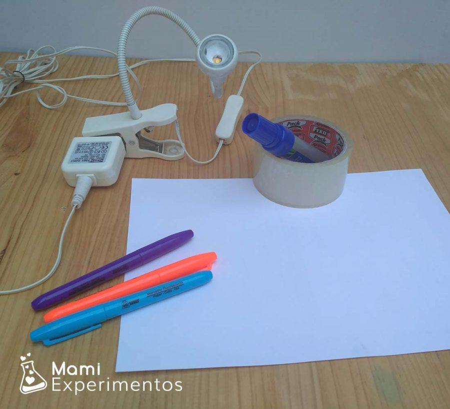Materiales necesarios para crear luz negra de forma casera y fácil