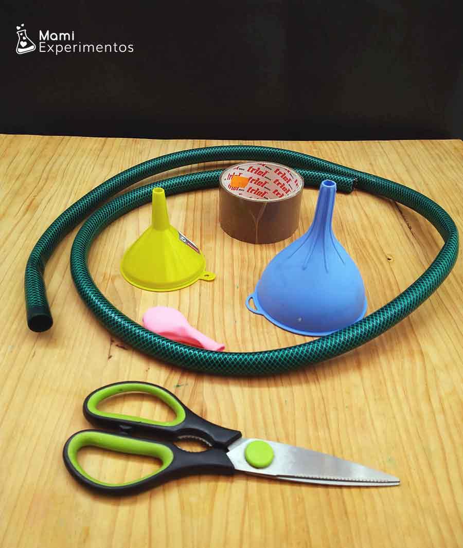 Materiales necesarios para hacer un teléfono submarino