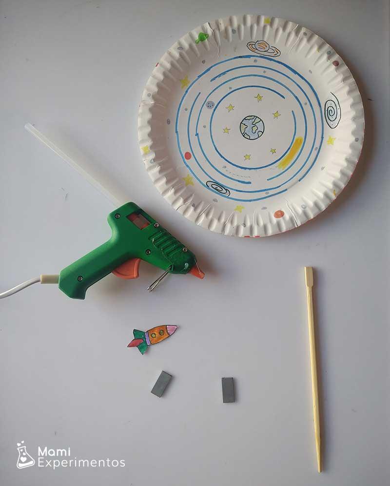 Materiales necesarios para crear sistema solar con imanes