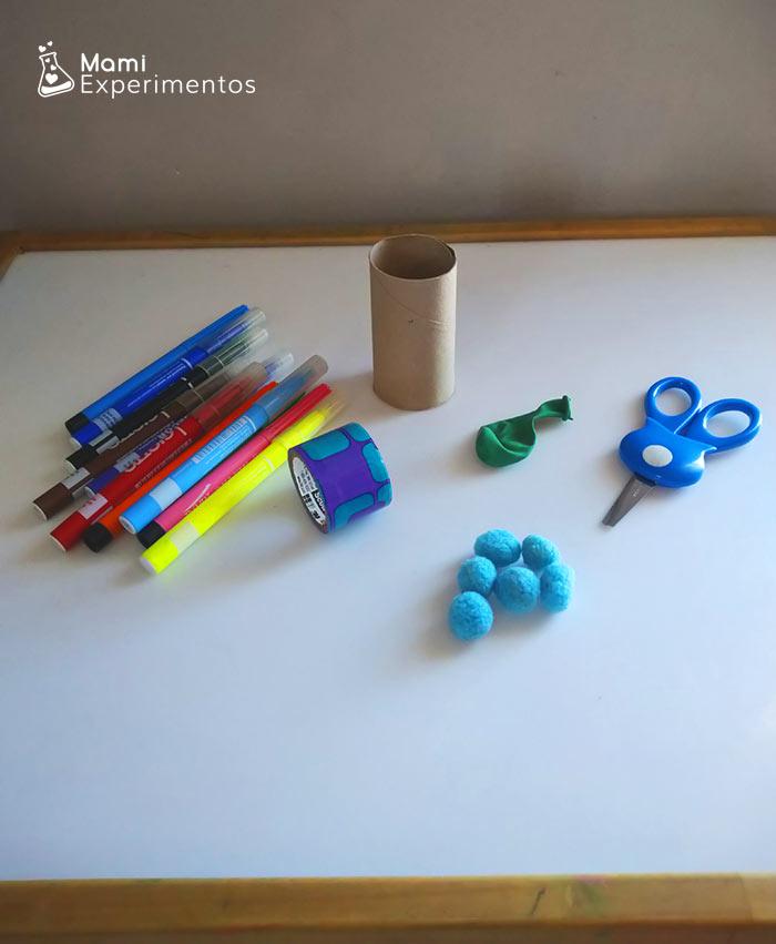 Materiales necesarios para hacer lanzador de pompones