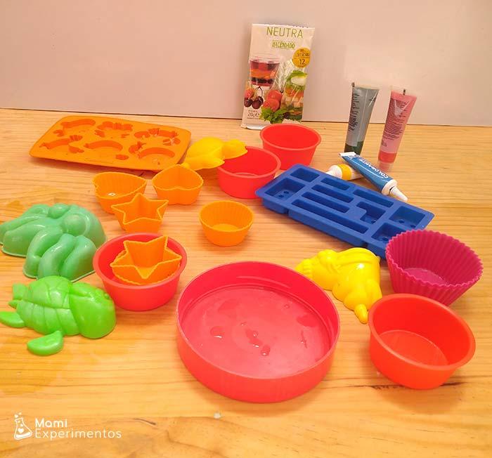 Materiales necesarios para jugar con gelatina