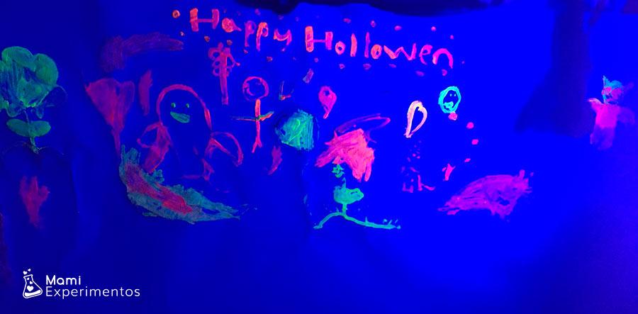 Mural monstruos creativos taller halloween