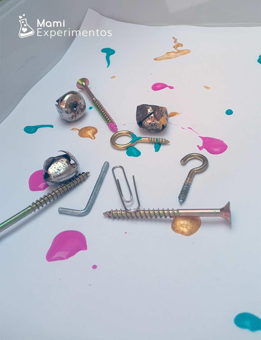 Objetos magnéticos preparados para arte con imanes