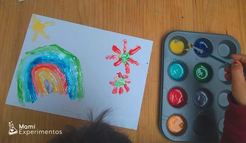 Pintando con pintura de leche condensada