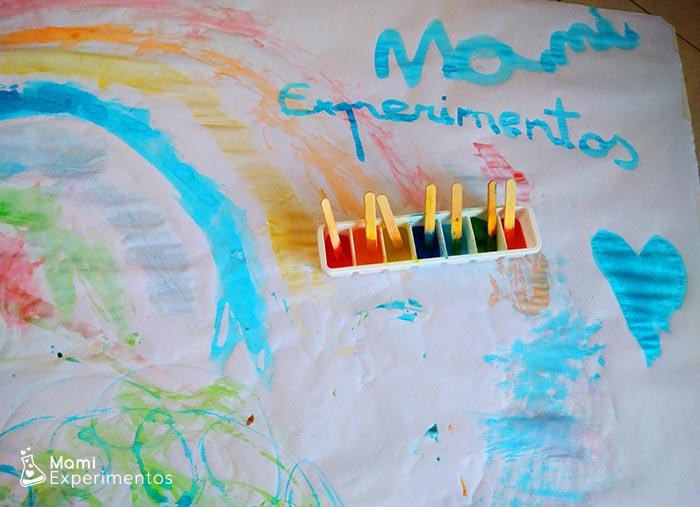 Arte con pinturas de hielos de colores